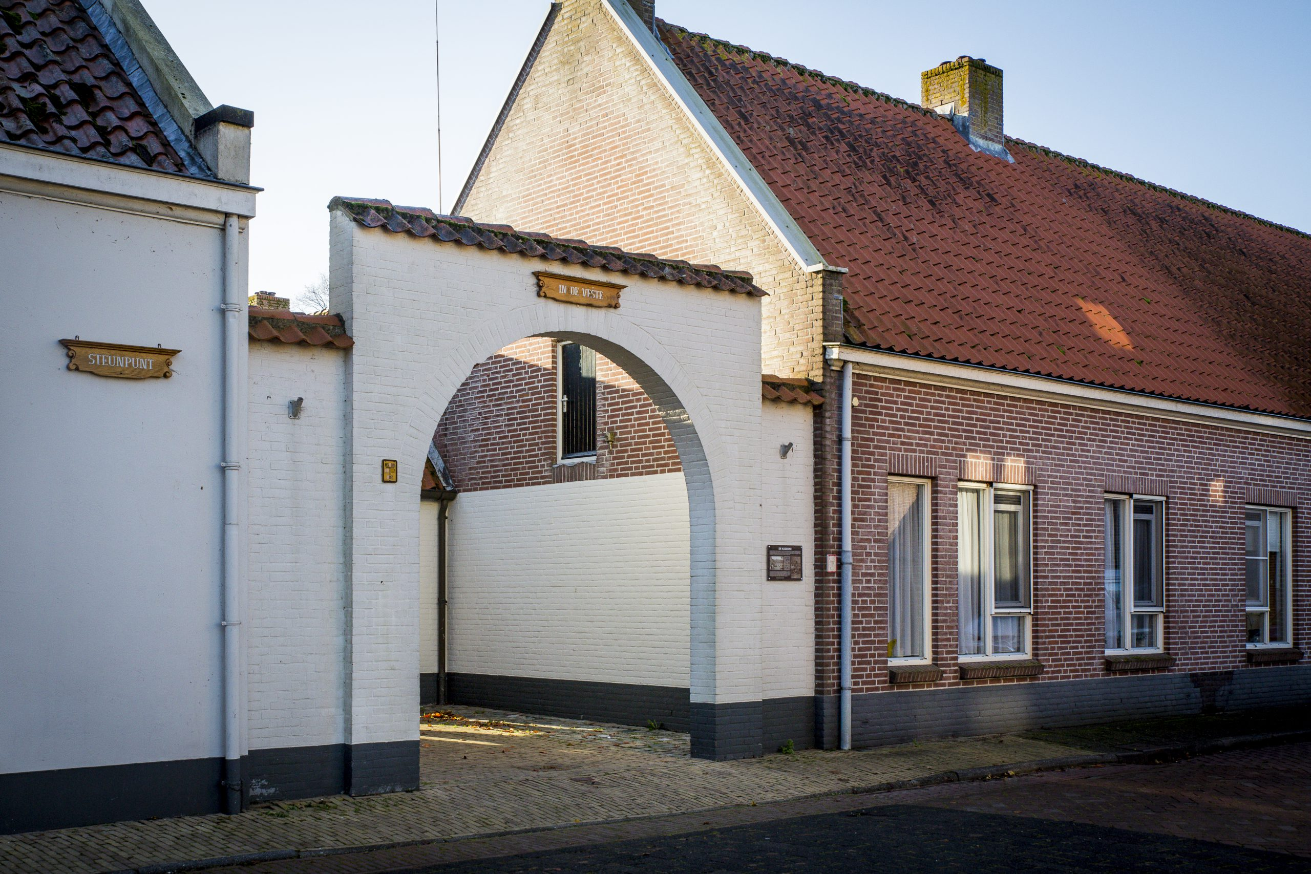 Surplus In de Veste Willemstad